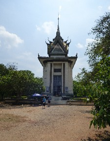 The Buddhist Memorial Stupa- the roof (like many rooves here) has the Khmer Naga, thought to be the father of the Cambodian people, under the roof it is supported by Geruda- the mount of Vishnu. They are mortal enemies and come together in this building as a symbol of peace