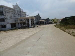 Other smaller hotels still being built