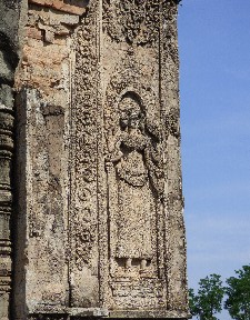 Carving detail at Pre Rup