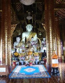 Buddha in Wat Inthakin Sadue Muang